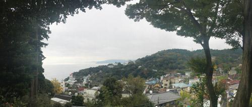 伊豆山神社から熱海湾の眺め