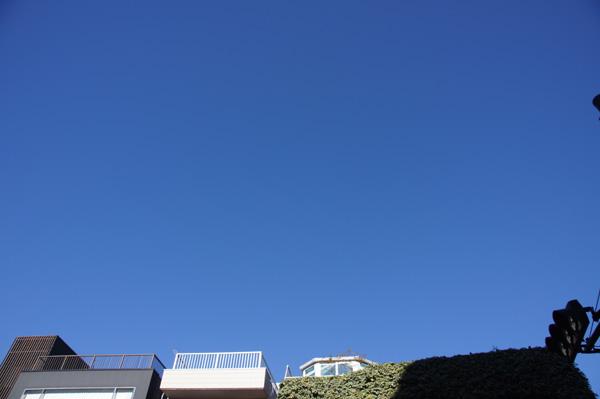 テストで青空を撮ってみた 18mm F11