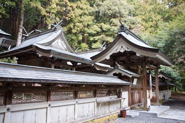 上阿田木神社 本社