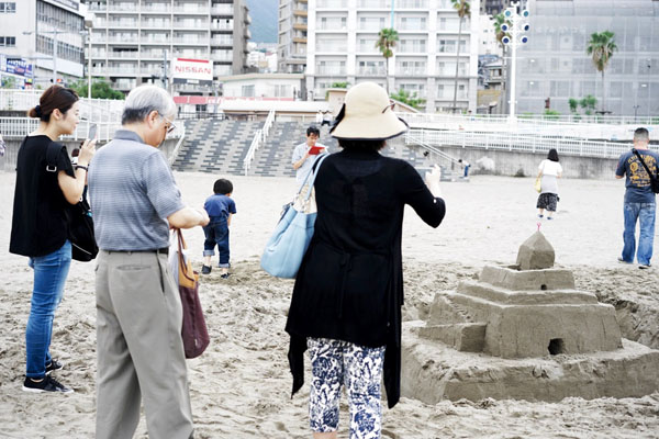 熱海サンビーチ砂の城郭