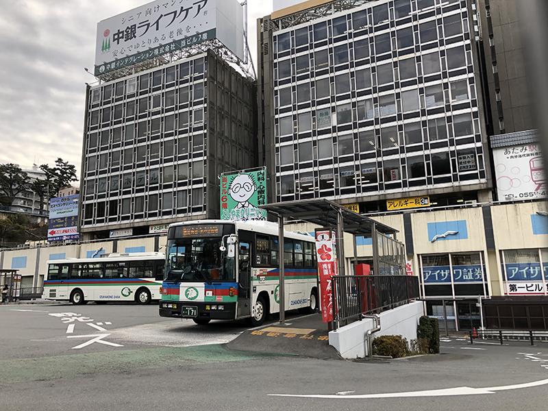 02_熱海駅バス停1番乗り場